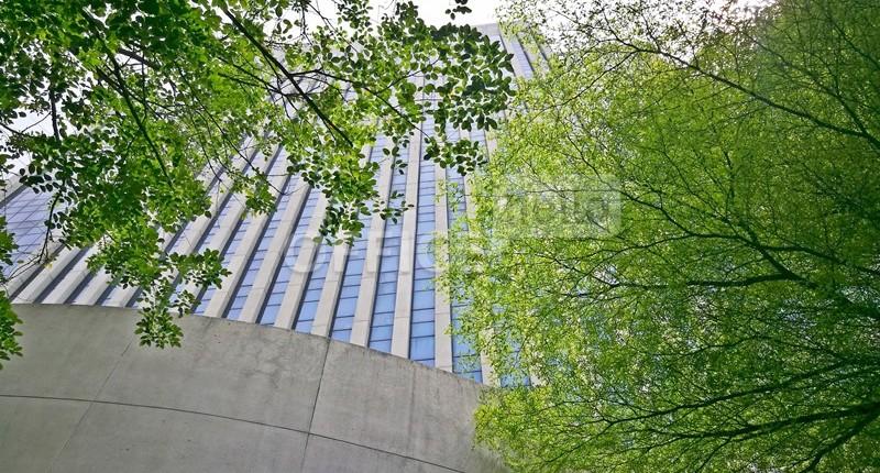 Review อาคารสำนักงาน เพลินจิต ทาวเวอร์ (  Ploenchit Tower)